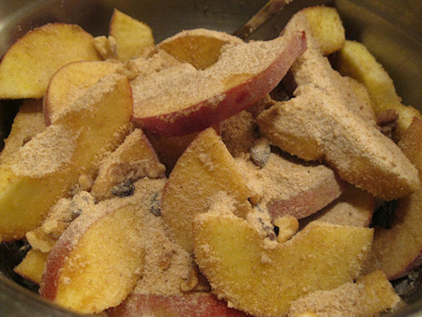 apple sugar and spice mixture