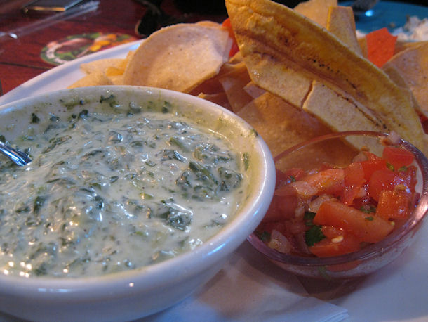spinach dip and chips