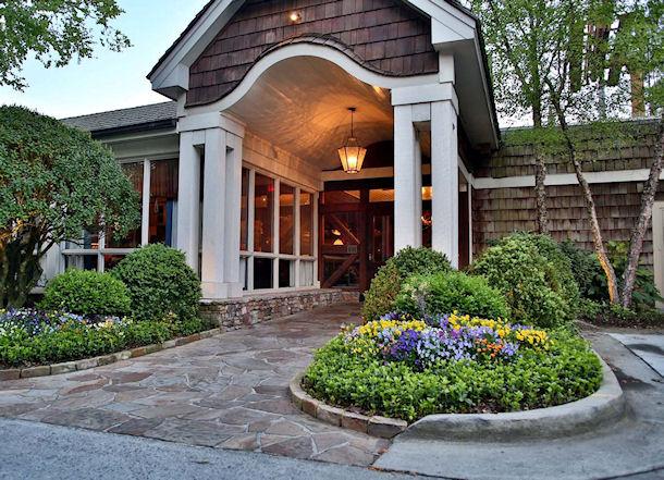 Blue Ridge Grill entry