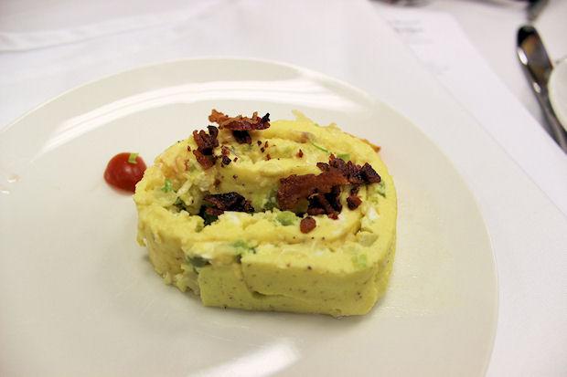 15 spring omelet roll