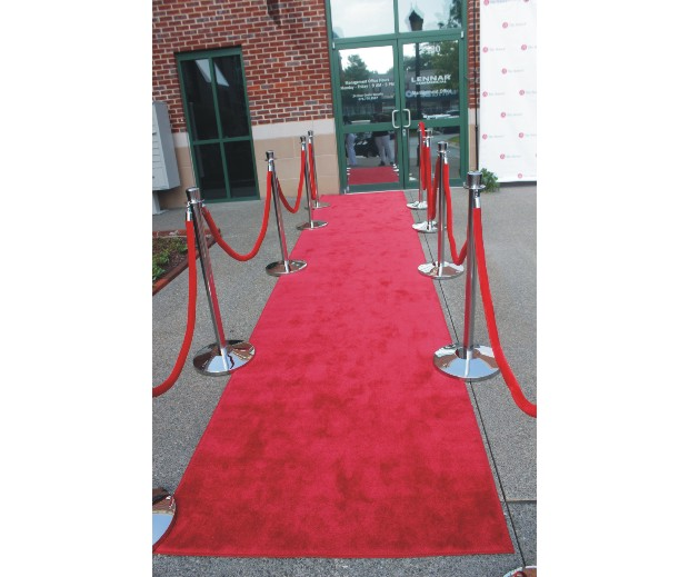 2 red carpet