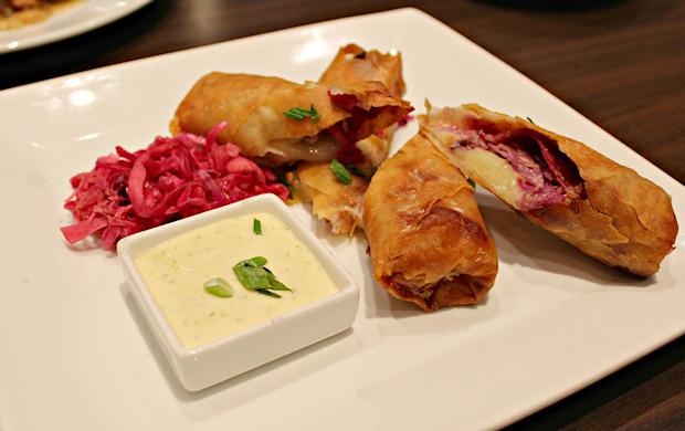 3-pastrami-spring-rolls